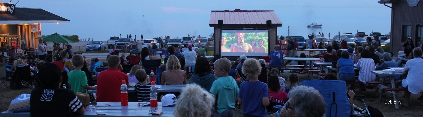 Photo of movie night in Sauble Beach by Deb Eillis